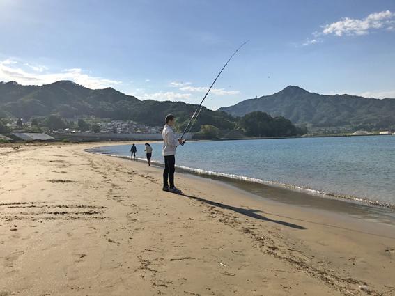 吉里吉里海岸で釣り