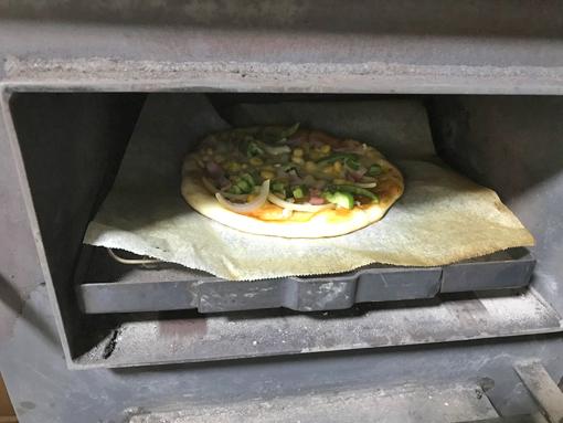 オーブンでピザ焼き